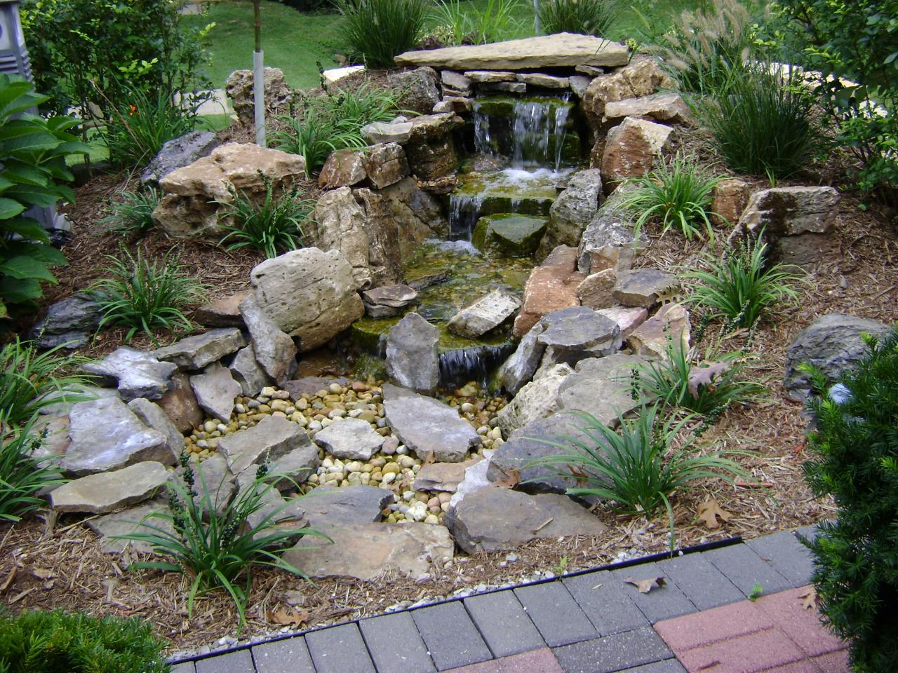 Weilbacher landscaping retaining walls paver for Pond landscape