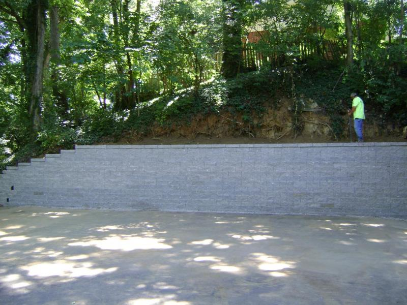 versalok gray retaining wall blocks